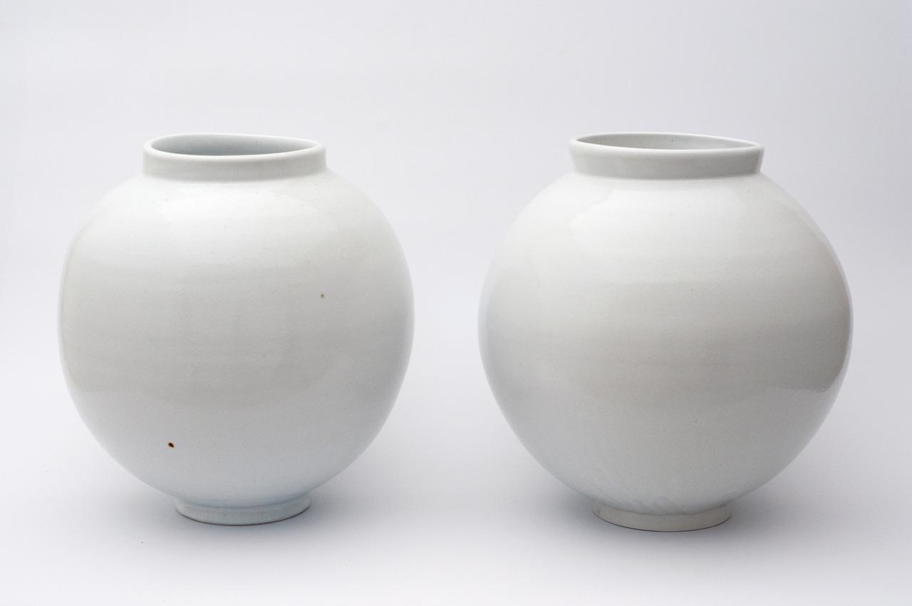 Moon Jar Pair 1280